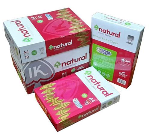 Để đóng gói gram giấy A4 các doanh nghiệp đều dùng hệ thống đóng gói tự động, sử dụng keo nhiệt Hotmelt phun keo tự động.