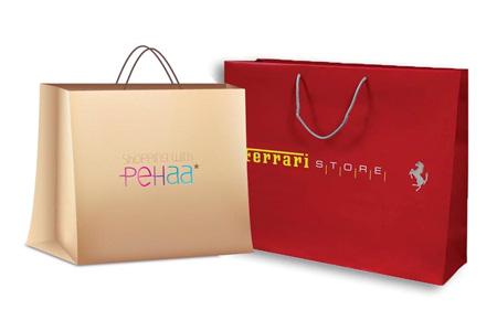 Túi giấy cao cấp thường được dán bằng keo Hotmelt để tăng giá trị