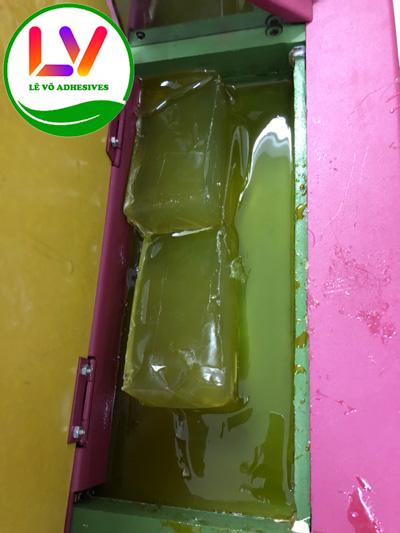 Keo nhiệt nóng chảy dán hộp cứng cao cấp. (không mùi độc hại, kết dính cao, phá màng UV,.. màu sắc trong suốt khi dán hộp,..)